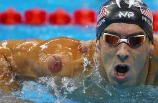 Michael Phelps cuppin terapia
