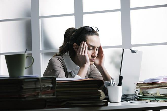 Welness- Mujer estresada